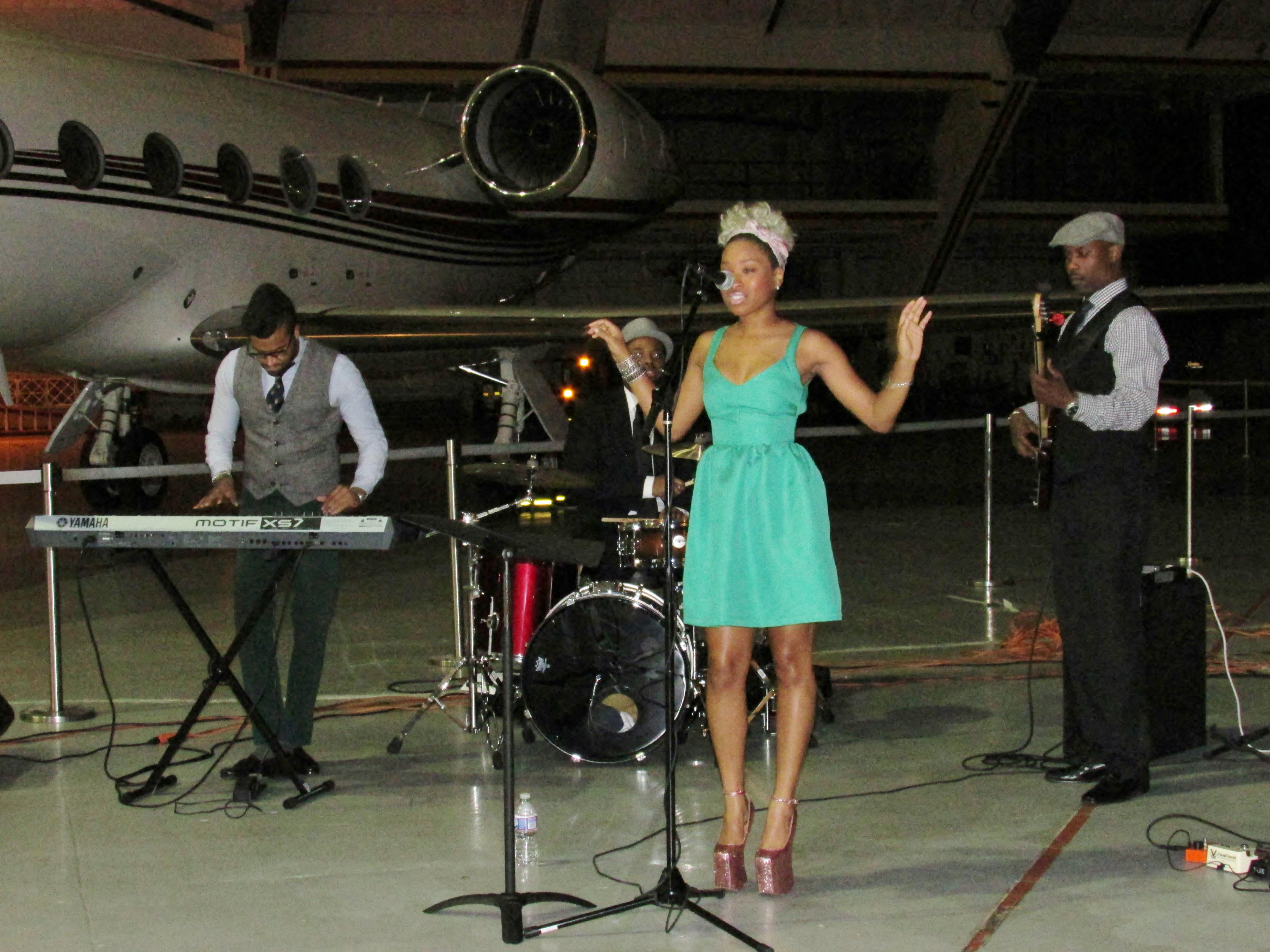Mariah Maxwell and Band