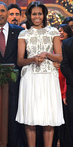 J. Mendel skirt and coordinating metallic-embroidered short-sleeve jacket